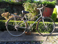 Vintage Raleigh Silhouette Mixte Bicycle for Restoration.