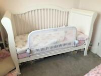 Children's cot / bed