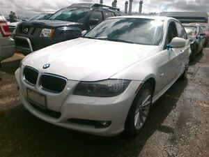 2011 BMW 328 xDrive_Leather_SUNROOF_Loaded