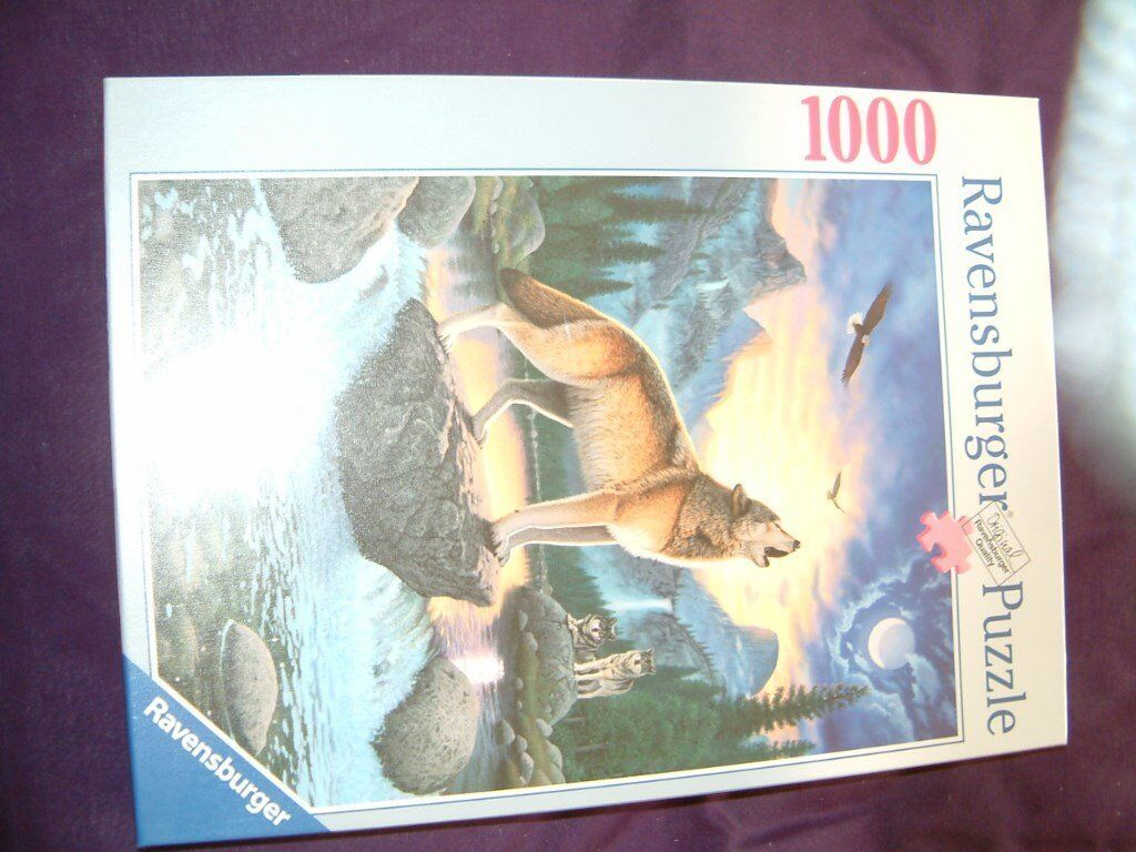 Call of the Wolf by Ravensburger 1000 piece puzzle, in perfect condition still shrink rapped