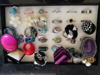 Assortment of Jewellery