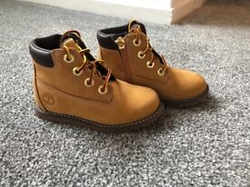 Brand new timberland boots!!