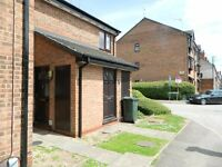 two bed flat for students available now