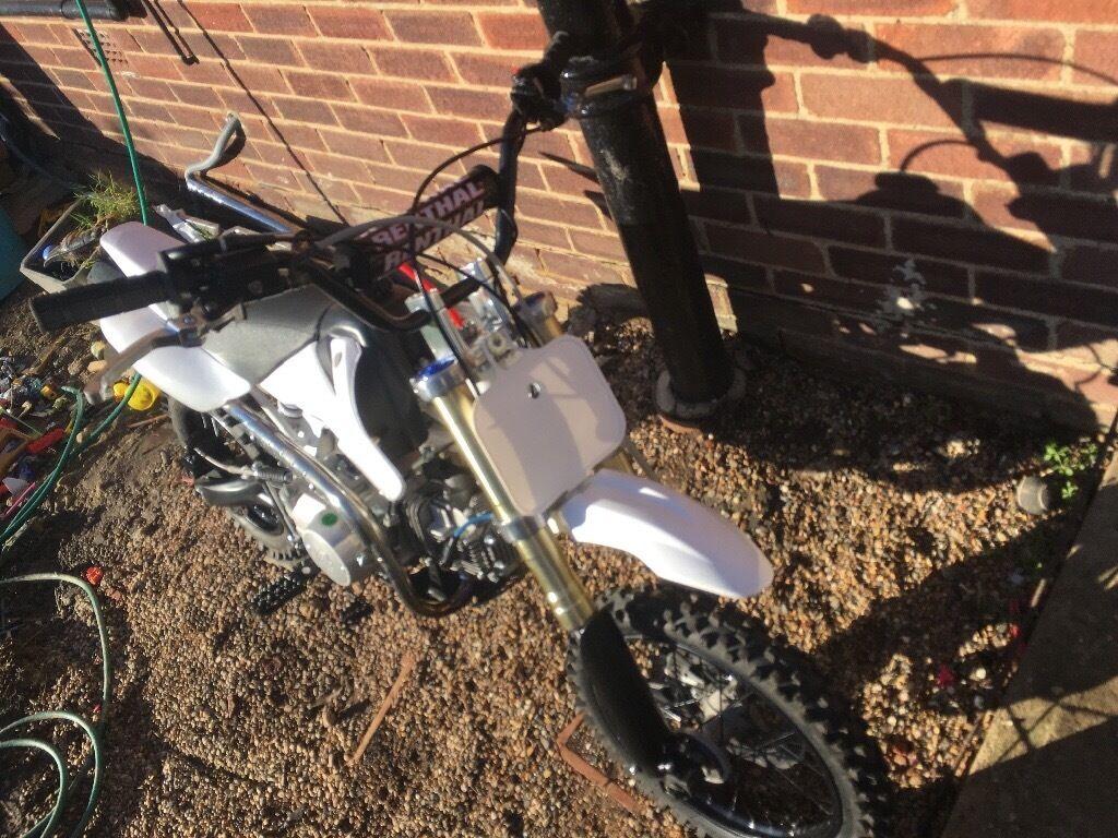 Stomp 125cc