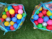 6 x bags of plastic balls (soft play)