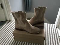 Ladies suede boots - Clarks size 6