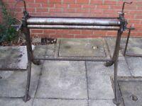 3' slip rolls, great condition, very clean. Sheet metal roller