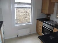 LARGE 2 bed flat with separate living room in Wightman rd N8 £320 pw
