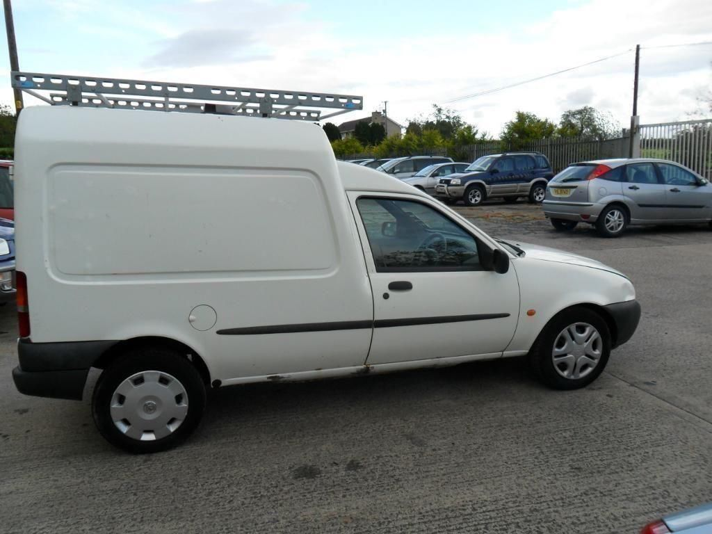 ford courier van 1 8 diesel white no mot or tax 500 in dromore county down gumtree. Black Bedroom Furniture Sets. Home Design Ideas