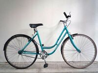 "(1869) 26"" 19"" UNIVERSAL LADY'S VINTAGE SINGLE SPEED COMMUTER CITY TOWN BIKE Height: 173-188cm"