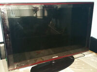 Black 40 Inch Full 1080p Samsung TV with Remote.