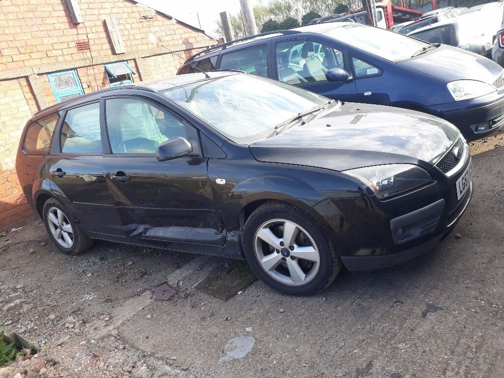 BREAKING Ford focus estate ALL Parts
