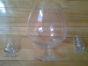 XXXL G BRAND LIQUOR WINE GLASS WITH 2 SMALL SHOOTERS