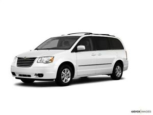 2010 Chrysler Town & Country TOURING STOW N GO CUIR TOI MAGS GRO
