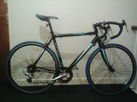 Road bike with brand new tyres and inner tubes
