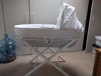 shnuggle Moses basket and stand - As new