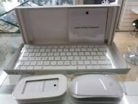 ORIGINAL APPLE WIRELESS KEYBOARD AND MAGIC MOUSE BUNDLE