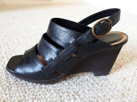 Quality leather Clarks sandals - size 5