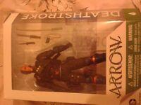 DeathStroke CW Arrow action figure New & sealed