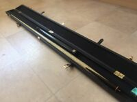 John Parris classic snooker cue 1 year old