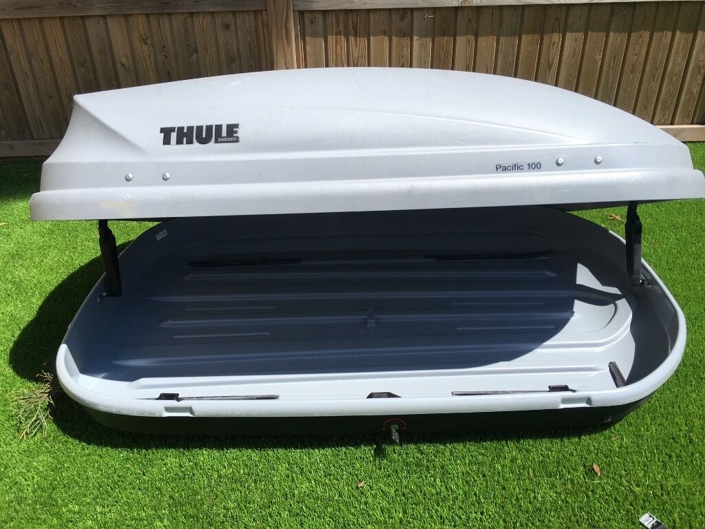 thule pacific 100 roof box 370l and roof bars in