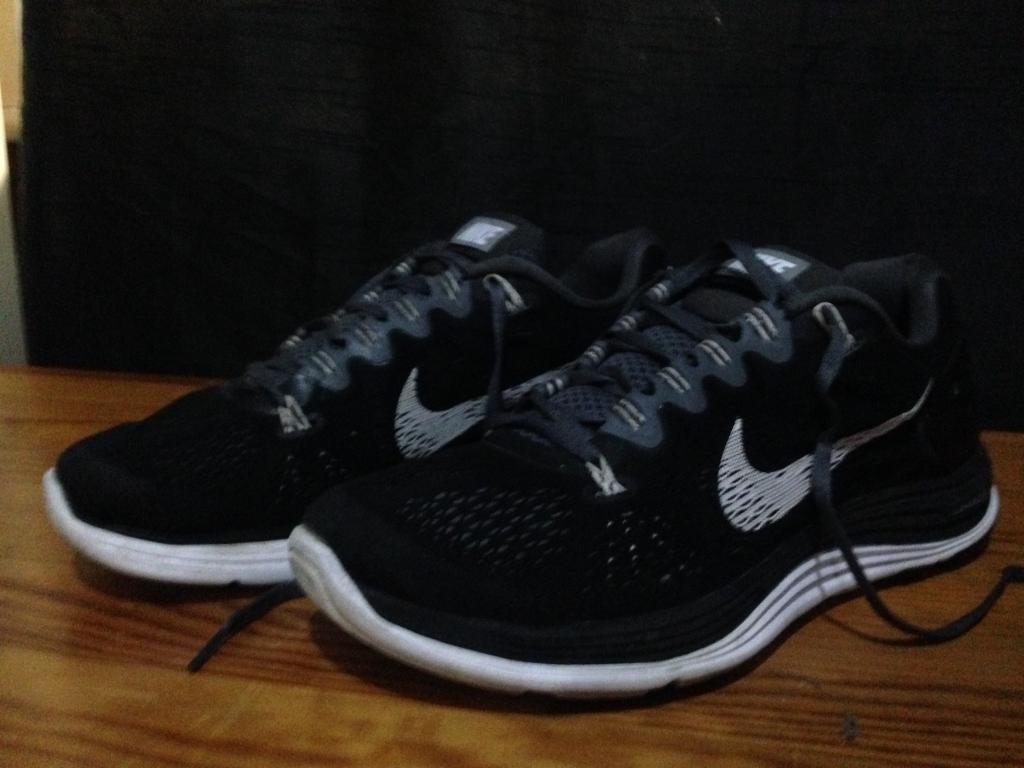 Nike lunarglide 5 running shoes