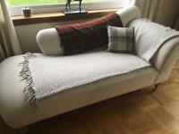 Large Loaf Chaise Longue