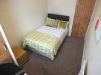 1 DOUBLE BEDROOM TO RENT WITH EN-SUITE - Southview Avenue, Caversham, RG4