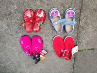 Infant shoes size 4
