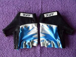 "JUNIOR (LARGE) ""TUFF"" HALF FINGER CYCLING GLOVES. Mudgee Mudgee Area Preview"