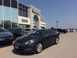 2013 Lincoln MKZ Bluetooth, Navi, ONE OWNER, Clean Carproof