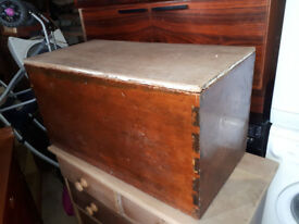 VINTAGE PINE CHEST...VICTORIAN BLANKET BOX IDEAL SHABBY CHIC UP CYCLE / TOYBOX IN YEOVIL