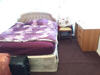 Single room - 5 min from Cabot Circus (Low deposit Low Rent)