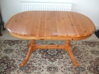 Dining Room Table and 6 chairs , Solid Pine