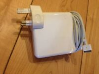 "MacBook pro 15"" 17"" 85W Magsafe Adapter Charger model no: A1172 uk plug"
