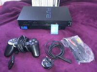 PlayStation 2 FAT Black, all leads + 1 gamepad + 1 memory card + 13 games + extras. Great condition!