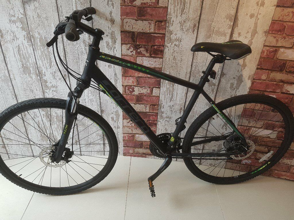 Carrera Crossfire 2 21 Inch Hybrid Bike Disc Brakes. Excellent Condition.  RRP £450