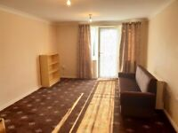 AVAIL NOW - STUNNING AND LARGE TWO BED FIRST FLOOR FLAT - HESTON!