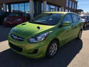 2013 Hyundai Accent GL WITH 4 NEW TIRES