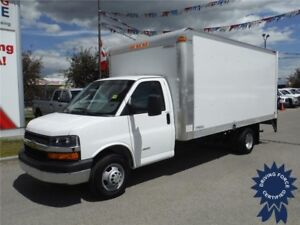 2016 Chevrolet Express 4500 - 16 Ft Cube Van w/Power Tailgate