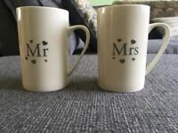 Me & Mrs cups