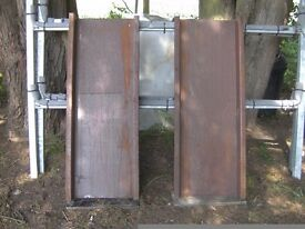 NEW/UNUSED PAIR OF 4FT H/D STEEL RAMPS IDEAL CAR OR PLANT ETC..