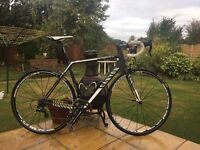 Canyon Ultimate CF SL Size medium 56cm Only used for one summer season. Carbon fibre ROAD BIKE