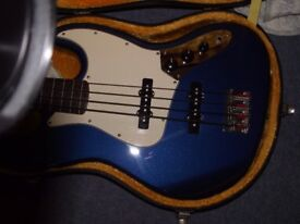 FENDER JAZZ FRETLESS.