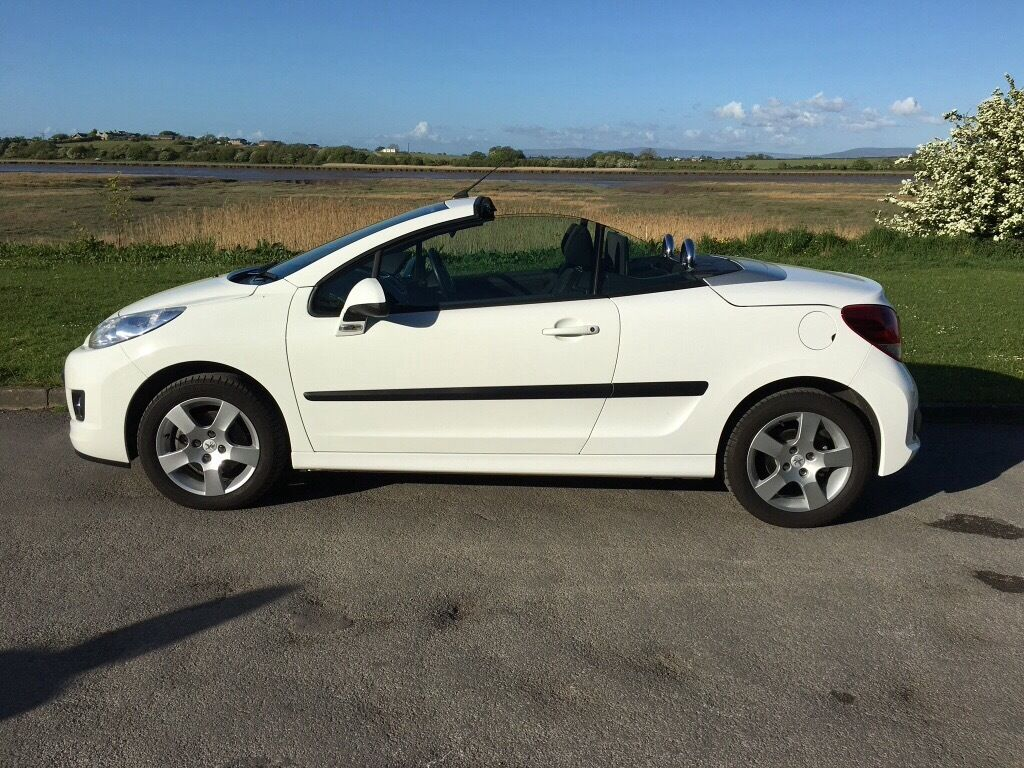 Peugeot 207 cc active 1.6 diesel HDI 112 FAP hard top convertible ...