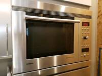 Siemens Oven, Microwave, Extractor and Gas Hob