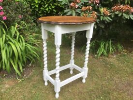 Hand painted solid oak vintage side / lamp table