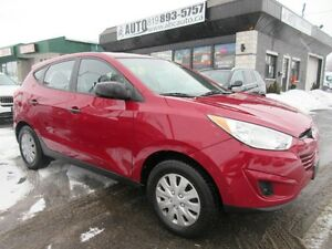 2012 Hyundai Tucson GL FWD, 2.4 L (Heated seats)