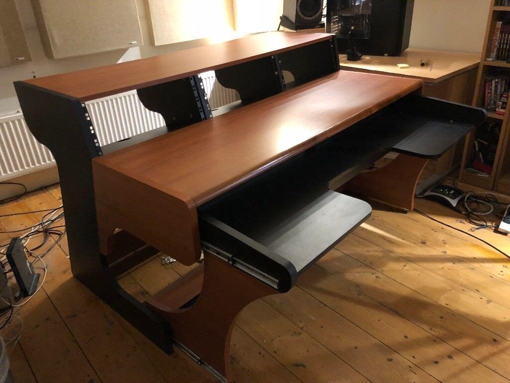 Zaor Miza 88xl Studio Desk With 19 Inch Racks Pull Out 88 Key Keyboard Tray