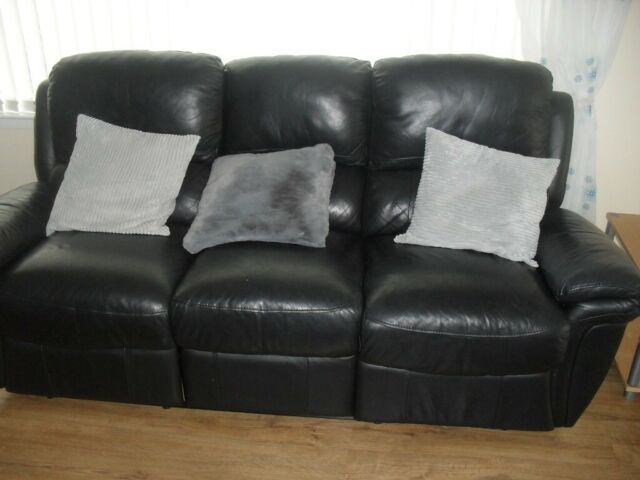 Amazing Bargain House Clearance Black Leather Sofa With 2 Recliners In Peterculter Aberdeen Gumtree Bralicious Painted Fabric Chair Ideas Braliciousco
